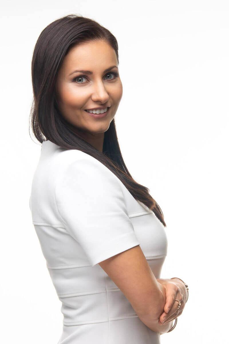 Natalie Petker Wimpernstylistin